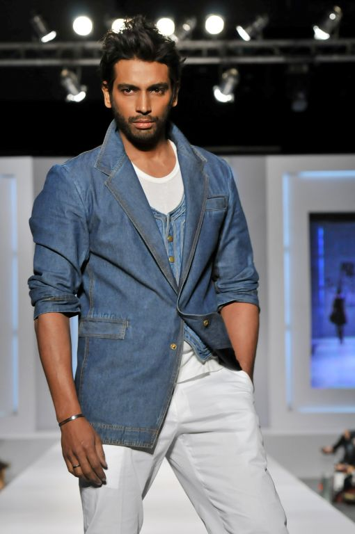 Adnan Pardesi