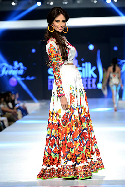 psfw2015-day2-teenabyhinabutt16