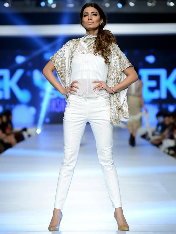 irum khan couture