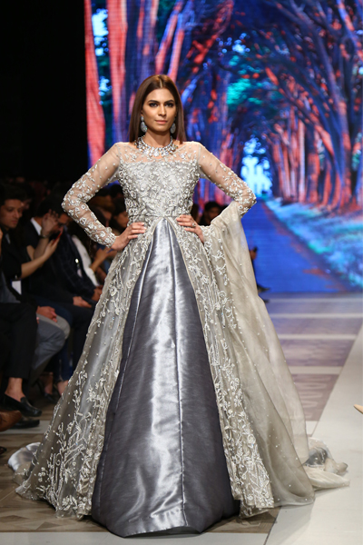 c107e32ed9 PFDC L`Oreal Paris Bridal Week 2017. All; Day 1; Day 2; Day 3.  PLBW17-Subpageportfolio---Zuria Dor---Day-3